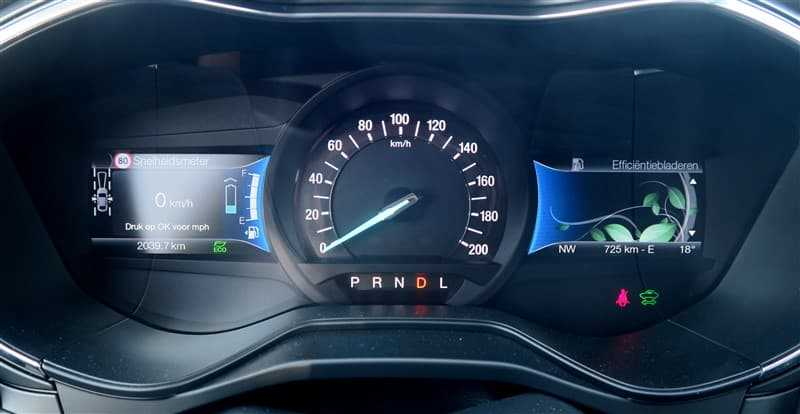 rijtest Ford Mondeo Hybride Wagon (2)