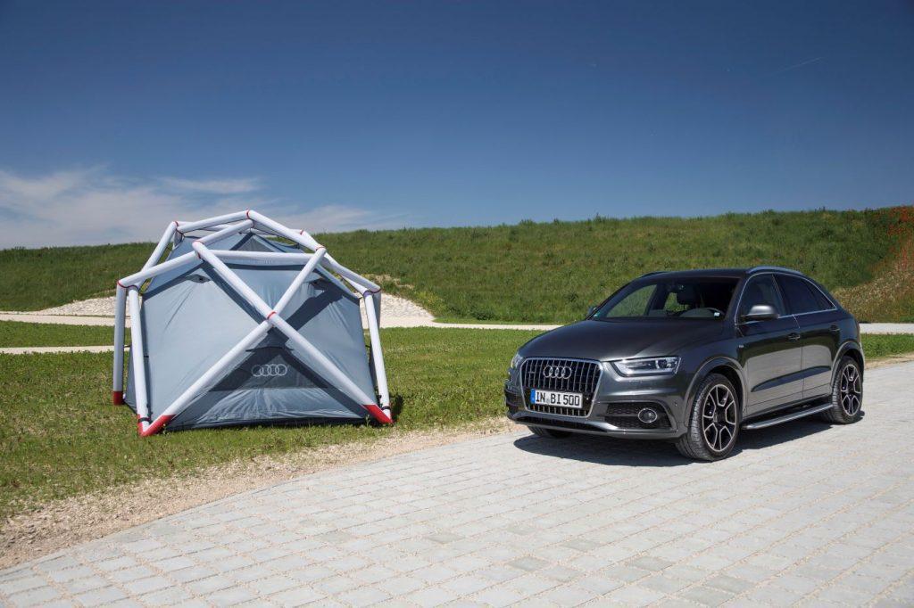 Audi Q3 met tent
